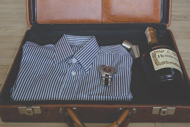 suitcase-918447_640