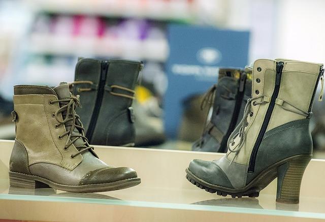 shoes-1147598_640